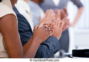 équipe, applaudir, business, ambitieux, réunion