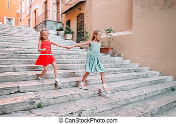 adorable, mode, filles, dehors, ville, peu, européen