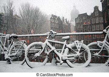 amsterdam, scène hiver