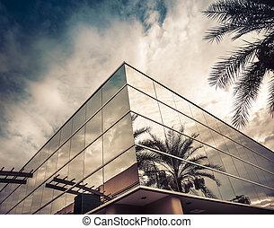 bâtiment, bureau, moderne, arbre, verre, refléter, paume