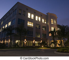bâtiment, nouveau, bureau, nuit