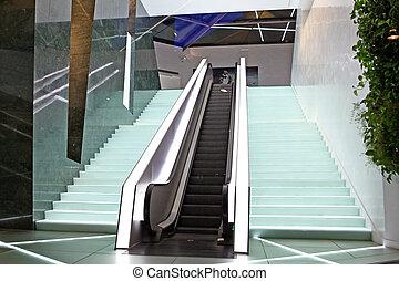 bâtiment, nouveau, moderne, deux, escalators