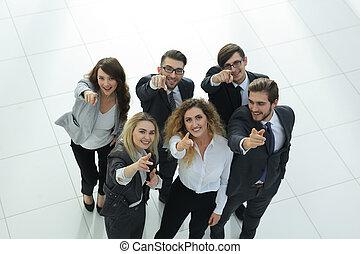business, projection, haut, pouces, équipe, sourire