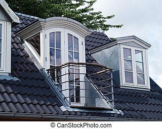 classique, vertical, fenetres, moderne, toit, conception, balcon