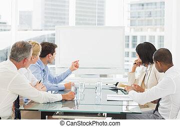 conférence, gens, whiteboard, business, regarder, vide, salle