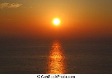 coucher soleil or, reflet, mer