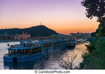 danube, grand, bateau vapeur, coucher soleil, touristique