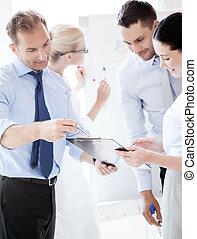 discussion, avoir, bureau, equipe affaires
