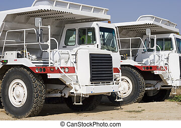 exploitation minière, camions