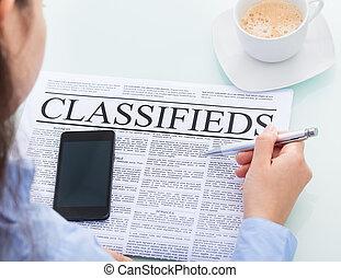femme affaires, classifieds, lecture