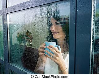 fenêtre, femme, dévisager
