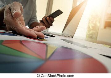 fonctionnement, business, homme affaires, nouveau, moderne, stratégie, informatique, main, concept