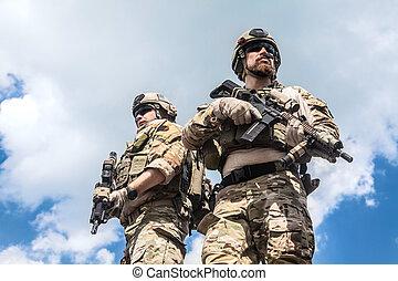 gardes forestiers, armée