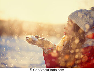 girl, beauté, glacial, souffler, hiver, neige, dehors, park.