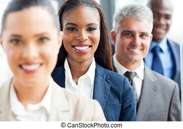 groupe multiracial, professionnels