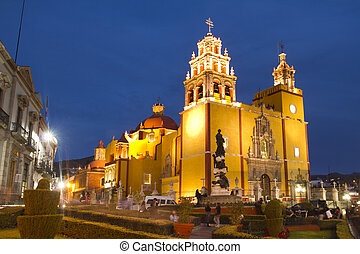 guanajuato, église, iconique, jaune, mexique