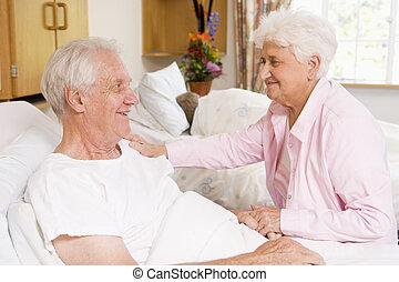hôpital, couple, personne agee, ensemble, séance