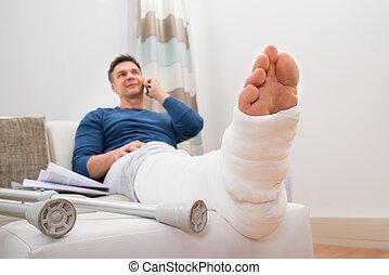 handicapé, conversation, homme, cellphone