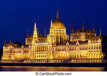 hongrie, budapest, parlement, nuit