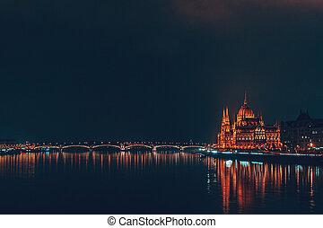 hongrois, bâtiment, parlement, nuit