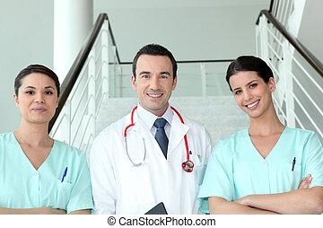 infirmières, portrait, deux, docteur féminin