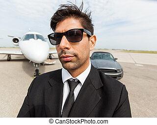 jet, voiture, privé, confiant, devant, homme affaires
