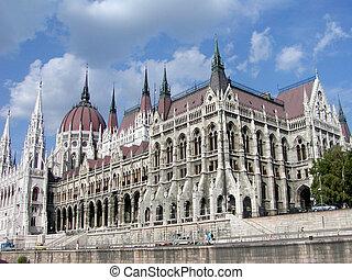 maison, parlement