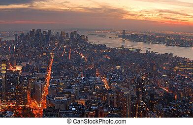 manhattan, vue, sunset., horizon, aérien, panorama, ville, york, nouveau