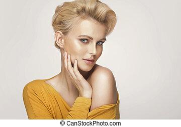 mignon, blond, portrait femme