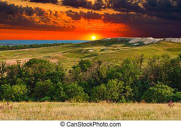 montagne bleue, été, ciel, nature, arbre, colline, coucher soleil, forêt, herbe verte, paysage, vue