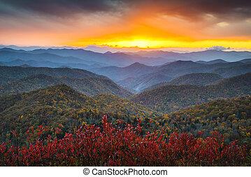 montagnes bleues, nc, arête, appalachian, destination, vacances, automne, coucher soleil, occidental, scénique, route express, paysage
