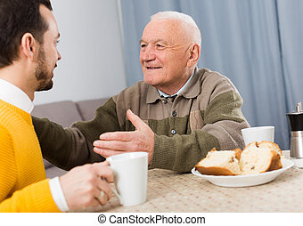 père, fils, petit déjeuner, personnes agées
