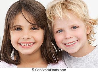 portrait, enfants, cuisine, deux, heureux