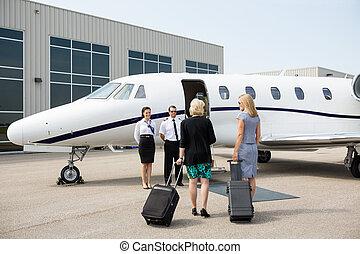 privé, marche, femmes affaires, jet