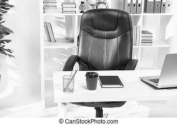 salle conférence, bureau, non, gens., moderne, coffe, ordinateur portable, note, conception, life., interior., intérieur, table, design., vide, bâtiment.