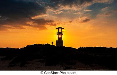 silhouette phare, fermé, côte, thaïlande, coucher soleil