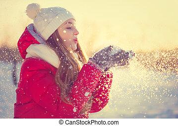 souffler, hiver, beauté, neige, park., glacial, dehors, girl