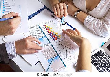 table, financier, papiers