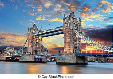 tourdu pont, londres, royaume-uni