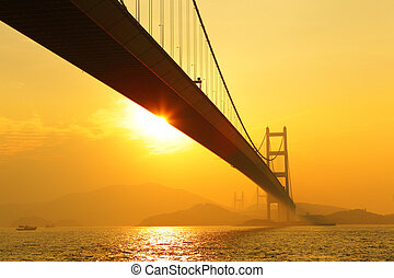 tsing, maman, coucher soleil, pont
