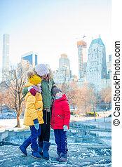 ville, gosses, central, famille, parc, vacances, leur, york, pendant, mère, nouveau