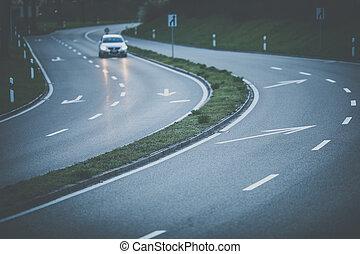 voitures, coucher soleil, autoroute